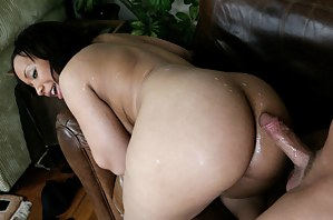 MILF Black Ass Porn Pictures