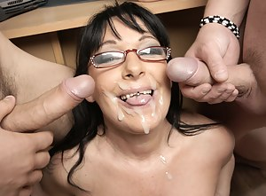 Cum on MILF Face Porn Pictures
